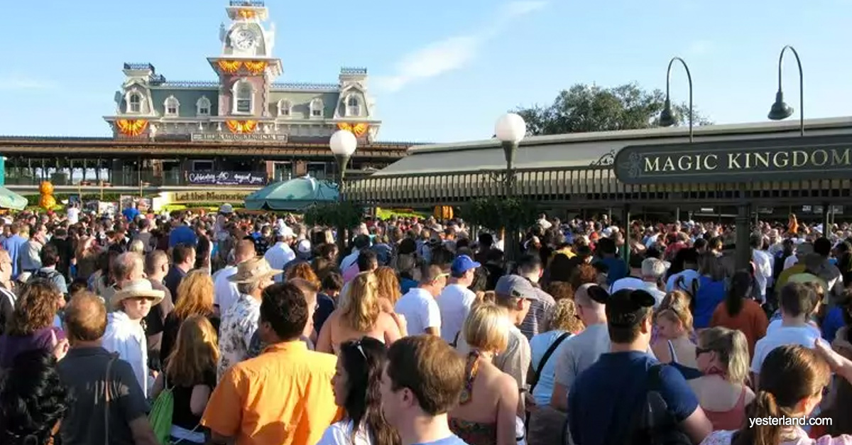 7 Best Times To Visit Walt Disney World Parks If You Hate ...